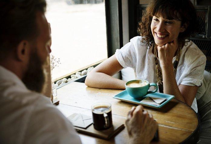 momentos, dividir, pessoa, menos, sejam, montante, espairecer, breves, esquecer, cervejinha, descontração, manter, possa, mínimo, equilíbrio, divertimentos, cafezinho